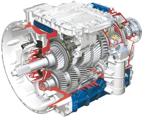 Samochody ciężarowe Volvo wyposażane są wzautomatyzowaną skrzynię biegów I-Shift zoprogramowaniem donajcięższych zastosowań ijazdy terenowej; I-Shift umożliwia sprawne manewrowanie zmałą prędkością imoże być stosowana także wpołączeniu zprzednią osią napędową (fot.© Volvo Trucks)