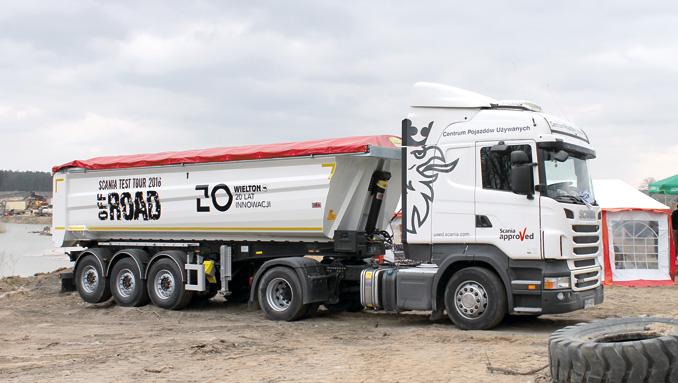 Jak każdy szanujący się producent ciężarówek Scania oferuje także pojazdy używane zgwarancją Scania Approved (fot.A. Gawron)